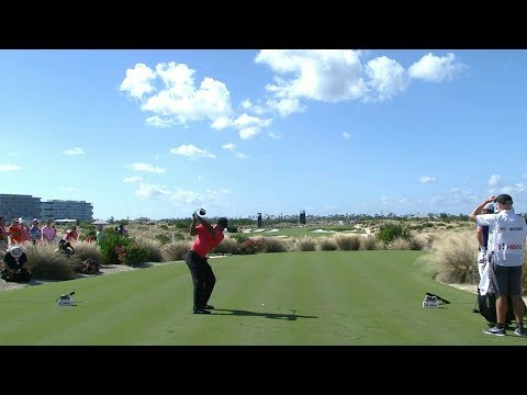 Tiger Woods' smashes driver onto par 4 green  Hero