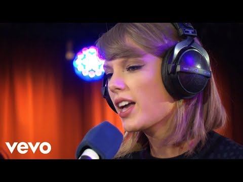 Taylor Swift - Love Story in the Live Lounge mp3