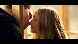 Channing Tatum & Amanda Seyfried Kissing Scene | Dear John