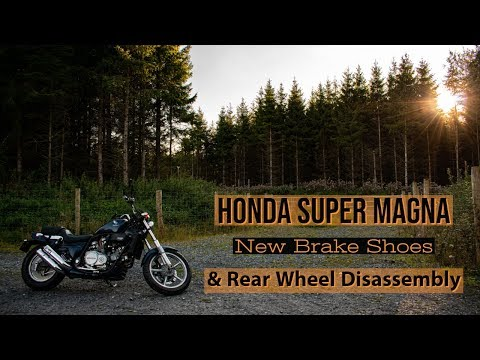 brake-shoes-replacement-honda-super-magna-|-rear-wheel-disassembly-and-removal-|-magna-upgrades