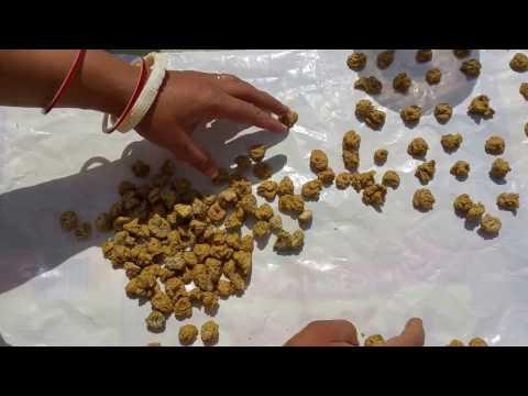 Moong Dal Masala Vadi - Moong Badi Recipe - Moong Dal Mangodi