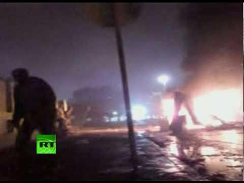 Action amateur video of Libya street gun fight in Benghazi