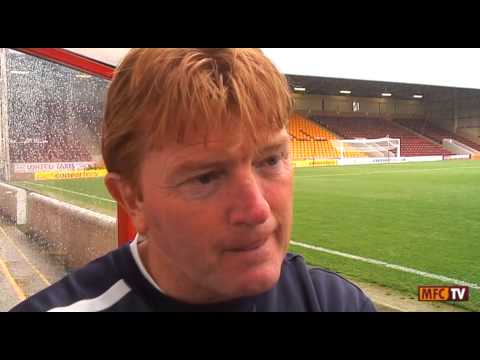 Stuart McCall baffled by Aberdeen penalty decision, 11/08/2013