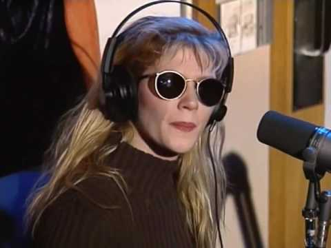 Ginger Lynn Trash-Talks Traci Lords on Howard Stern