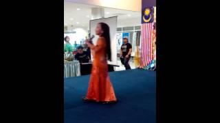 FARHANA NASLYN-Si Baju Hijau (2014)