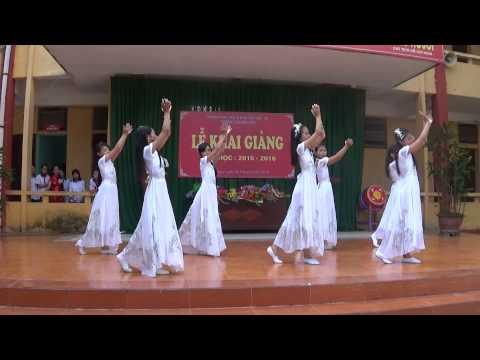 """Trường THCS Bạch Hạc-Tiết mục văn nghệ lớp 7A-múa bài """"Giấc Mơ Trưa"""""""