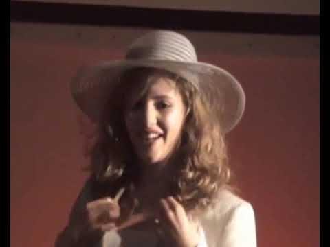 Brecht: Der gute Mensch von Sezuan Theater-AG Alfred Grosser-Gymnasium Bad Bergzabern, 2007