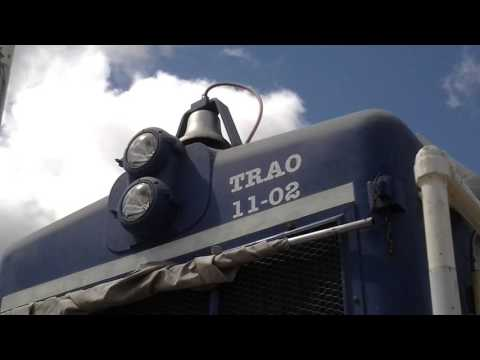 Chicago Great Western FP7 116-A locomotive start up