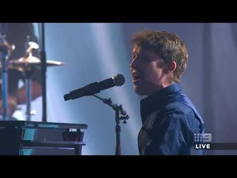 DON'T GIVE ME THOSE EYES - JAMES BLUNT | 2017 TV Week Logie Awards