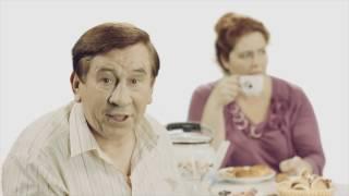 Подарок на свадьбу. Недорого. Реклама 90-х (18+)(Смартфоны Highscreen - как американские, а главное не дорого: ..., 2016-11-01T12:11:37.000Z)