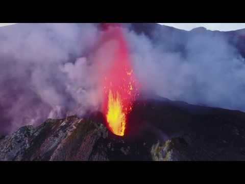 Drone vs Volcano - Extreme 3D Mapping