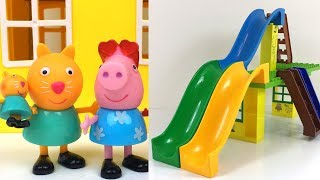 PEPPA PIG AT THE BUBBLE WATERPARK WITH CANDY CAT GEORGE PEPPA MUMMY & WATER SLIDES - FUN STORY thumbnail
