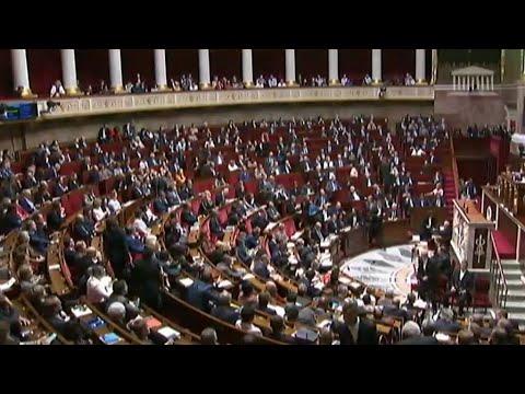 فرنسا.. البرلمان يُقر قانون مكافحة الإرهاب المثير للجدل بشكل نهائي  - نشر قبل 57 دقيقة