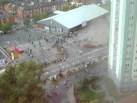 Lidl On Fire Uk, Salford Riots