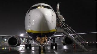 Ryanair Boeing 737-8AS | FR1081 Toulouse-Blagnac to London Stansted | Full Flight