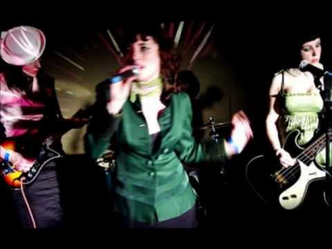 Клип The Long Blondes - Lust in the Movies
