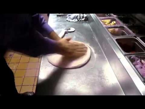 صورة  طريقة عمل البيتزا طريقة عمل البيتزا الايطالية طريقة عمل البيتزا من يوتيوب