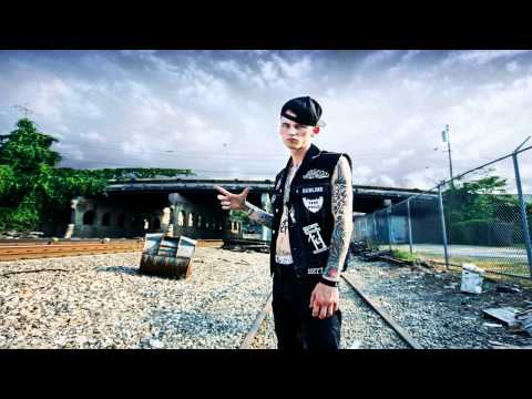 Machine Gun Kelly - Wild Boy(Feat. Waka Flocka Flame) [Prod. GB HITZ]