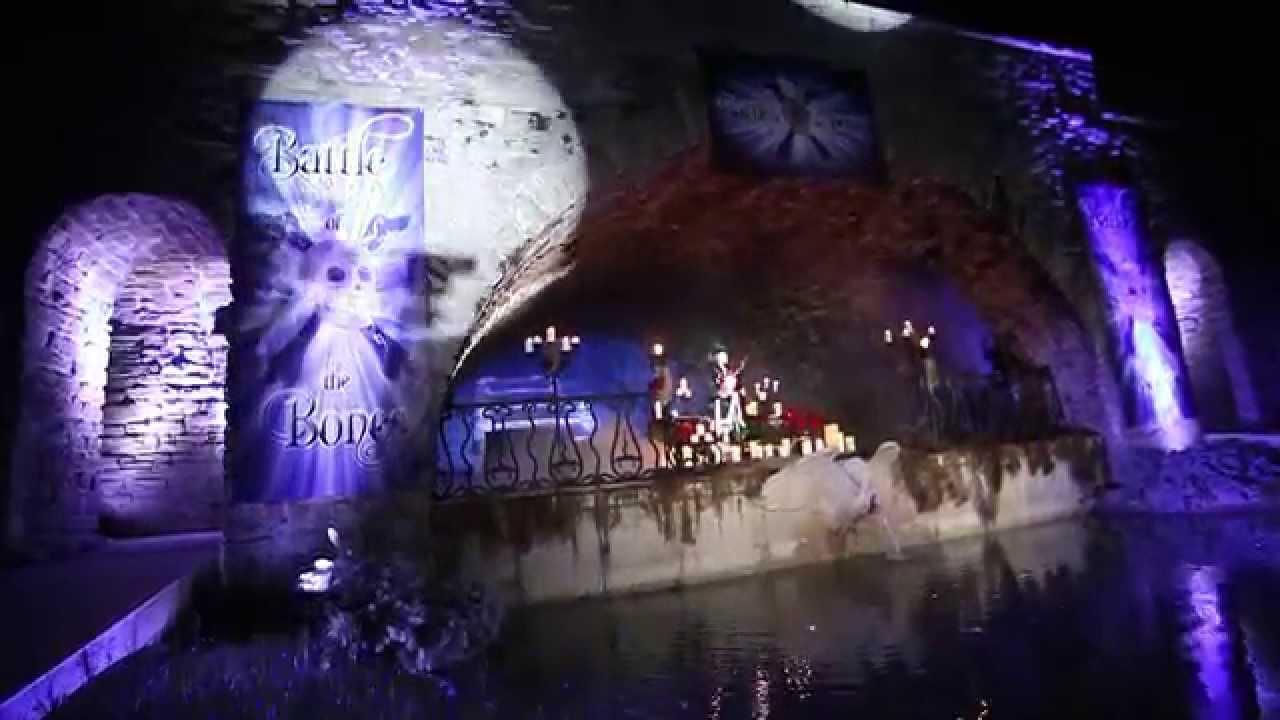 grandin roads halloween haven sneak preview of battle of the bones - Halloween Haven