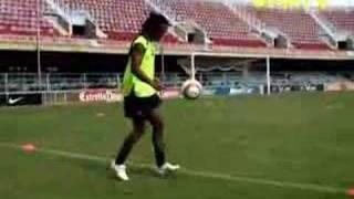 Videotraining mit Ronaldinho