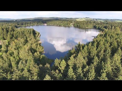 Tři studně, obec a rybník, Žďárské vrchy