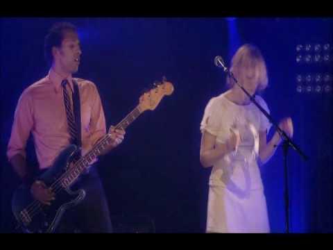 4/14 Metric - Too Little, Too Late @ Metropolis 2006