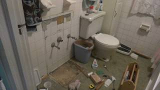 Extreme Makeover Bathroom Edition: The sink is gone!