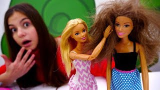 Барби идёт на свидание. Видео для девочек: игры с куклами.