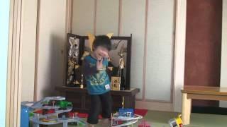 4歳の我が子です。2歳の時と比べるとすでに清史郎君ではないですね.