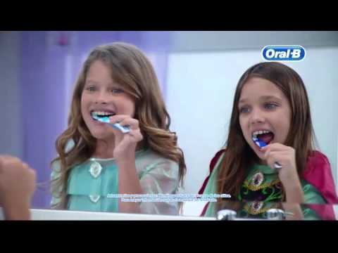 c mo hacer divertido el cepillado oral b y frozen de disney te muestran youtube. Black Bedroom Furniture Sets. Home Design Ideas