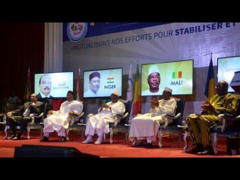 ما هو الحل الأمثل لنشر الأمن والسلام في مالي؟