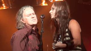 Watch Kasey Chambers Love Like A Hurricane feat Kevin Bennett video