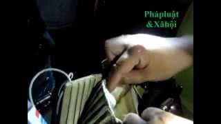 Repeat youtube video Tập 87: Vây bắt nữ quái Phúc Xá mang ma túy (Nhật ký 141)