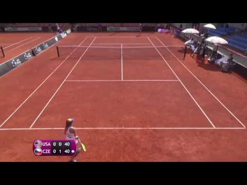 Anisimova Amanda v Hindova Denisa - 2016 Junior Fed Cup finals