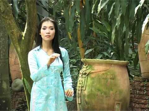 Gioi thieu tieng hat Trang Anh Tho - Dai TH Binh Duong