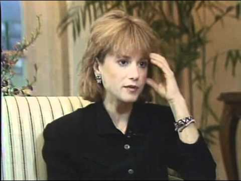 Holly Hunter Interviewed by Bobbie Wygant for 'Always', 1989