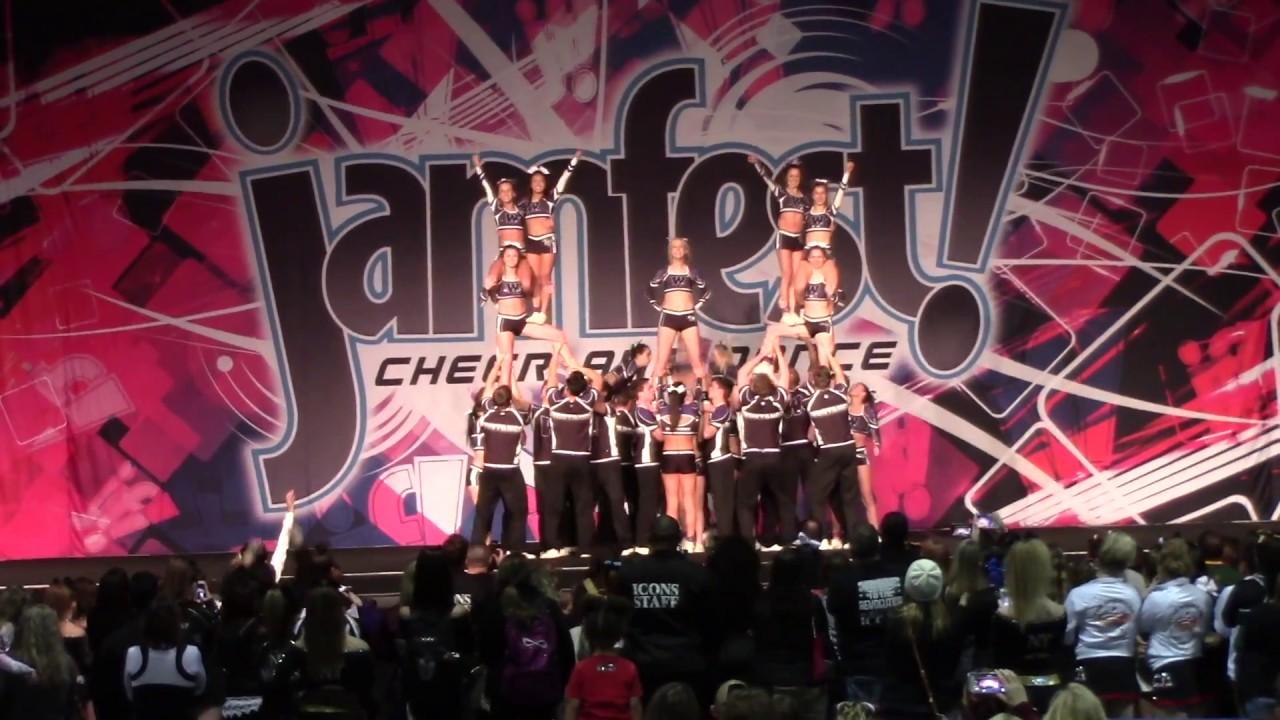 Western University Mustangs Co Ed Cheerleading Team Win Us