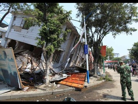 China earthquake kills hundreds in Yunnan province