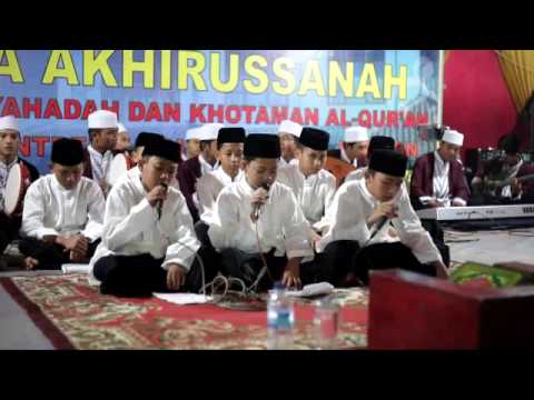 4 Sholawat Santri Putra Pesantren Al-Qur'an Nurul Furqon Cibinong
