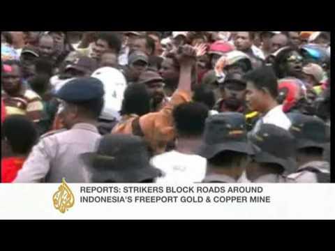 Wage dispute paralyses Indonesia's Freeport mine