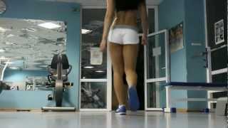как сделать фигуру идеальной(official web site http://as-trener.com.ua на даном видео тренер Марина Воронина демонстрирует эффективную тренировку для..., 2012-06-20T02:00:50.000Z)
