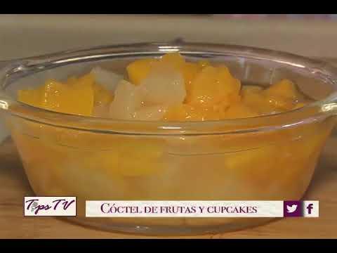 Coctel de Frutas y Cupcake
