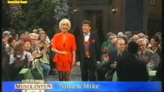 Tina York, Nina & Mike, Lena Valaitis & Michael Hartl - Jack White Medley