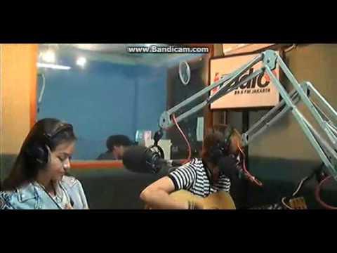 01-04-2014 The virgin - Cinta ( akustik ) at Iradio Jakarta