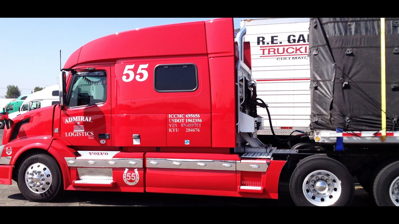 american trucks at truck stop trucks in usa youtube. Black Bedroom Furniture Sets. Home Design Ideas
