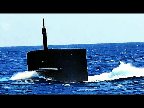 SUBMARINE SUBMERGING! Rare footage of a U S  Navy nuclear-powered BALLISTIC  MISSILE SUB DIVING!