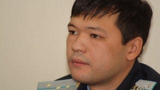 Прокурор Тимур Ауталипов убегает от журналистов. Сюжет ЂЂЂ28