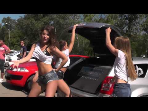 Alphard girls on the Rostov auto sound fest 2015