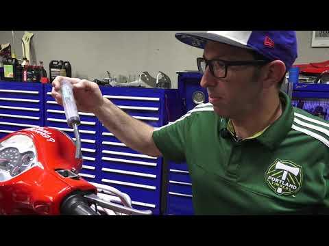 Modern Vespa Brake Fluid Flush