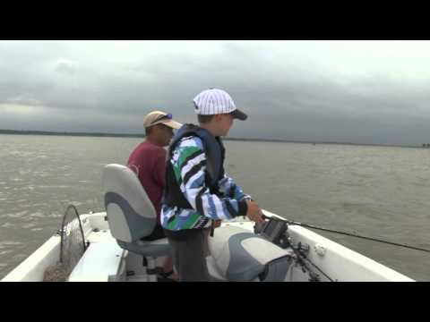 Structure Fishing S2E3 Rathbun Lake Walleyes